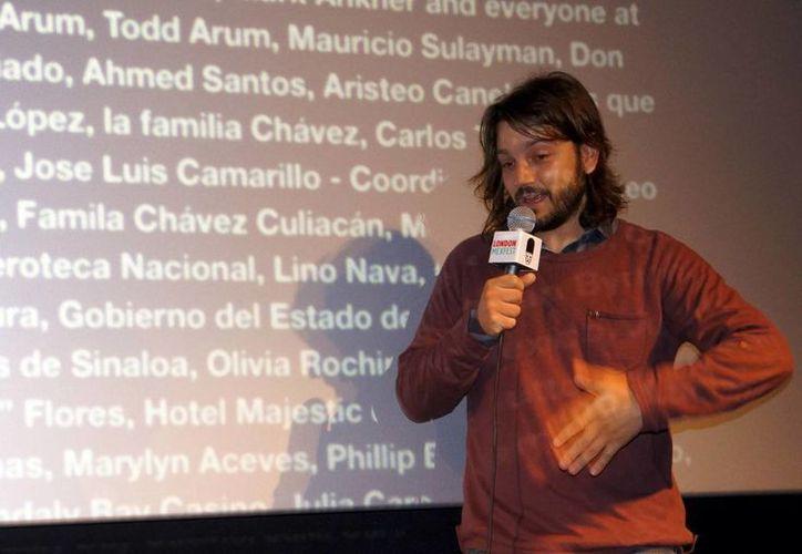 Diego Luna durante la presentación de J.C. Chávez en Londres. (Notimex)
