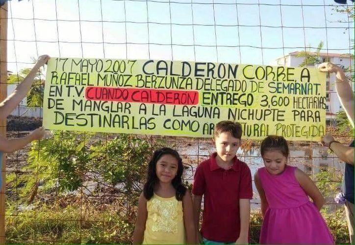 El expresidente Felipe Calderón subió una aclaración con texto y fotos en su cuenta de Twitter (Redacción)