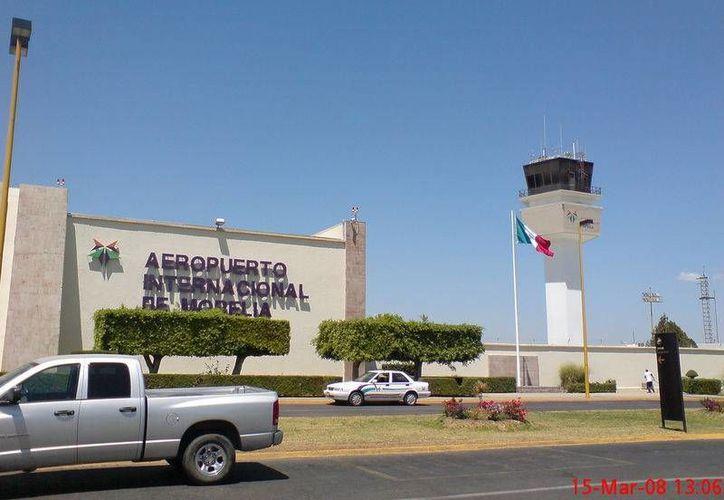 Hasta el momento se desconocen las causas del desplome en el aeropuerto de Morelia. (www.skyscrapercity.com/Archivo)