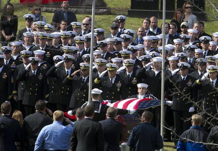 Kyle fue sepultado la tarde de este martes con honores militares en el Cementerio Estatal de Texas en Austin. (Agencias)