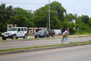 Proponen puentes peatonales en Playa del Carmen