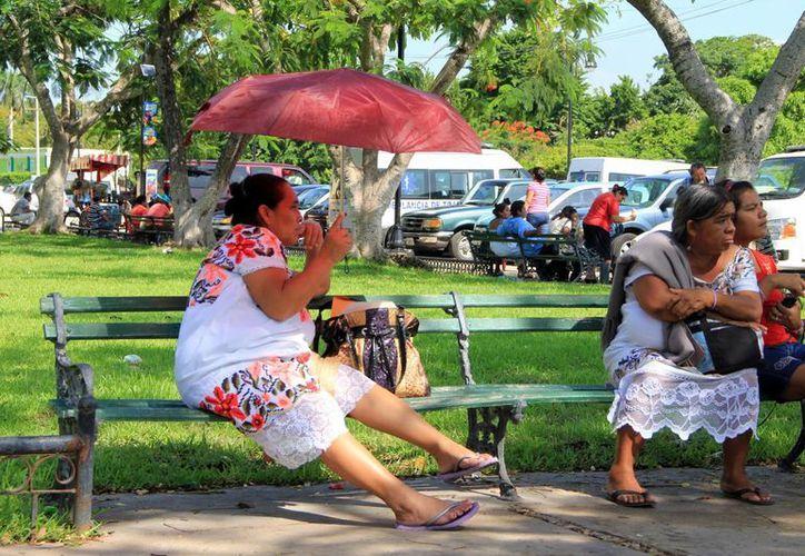 Pese al pronóstico de precipitaciones, las altas temperaturas se mantienen en la región. (José Acosta/SIPSE)