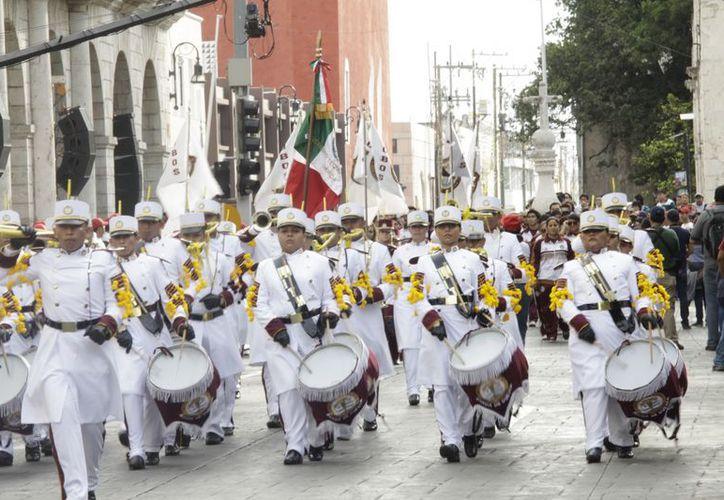 En la categoría de Educación Media Superior y Superior fue premiada en Banda de Guerra el Instituto Tecnológico de Mérida. (SIPSE)