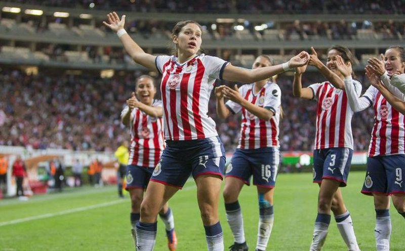 Chivas femenil es reconocido por la ciudad de Guadalajara