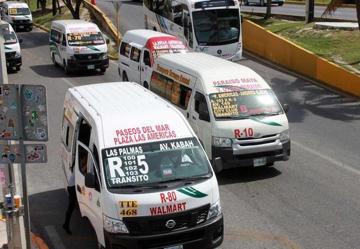 Durante una sesión, el Cabildo renovó la concesión de transporte público. (SIPSE)