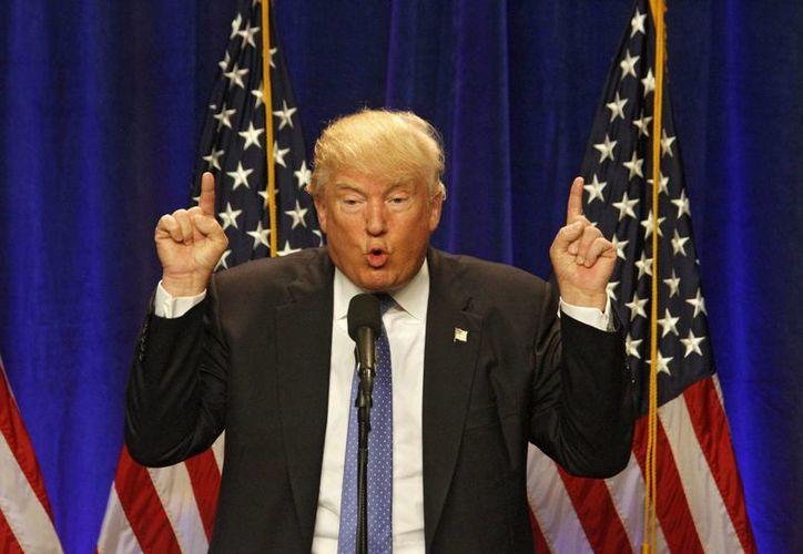 El virtual candidato republicano a la Presidencia de Estados Unidos, Donald Trump, habla durante un evento de campaña. (EFE/Archivo)