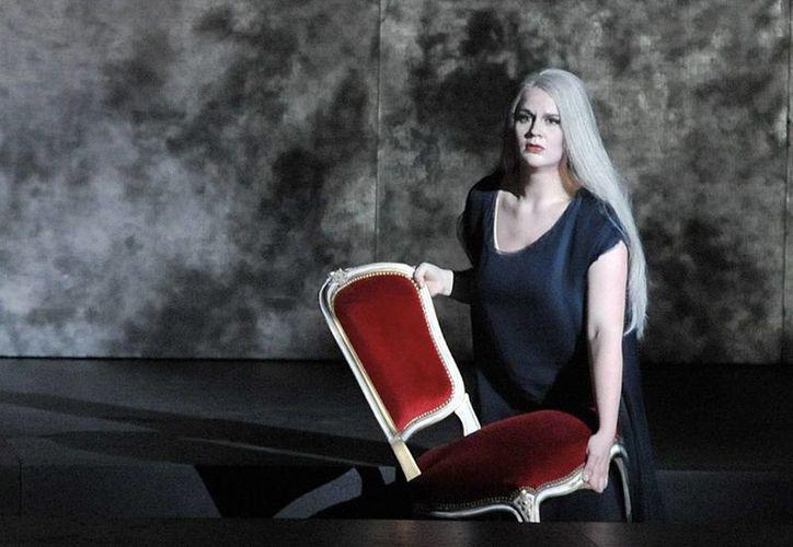La cantante alemana de ópera, Maria Radner, falleció junto con su esposo y su bebé en el accidente de avión que en total cobró la vida de 150 personas en Los Alpes franceses. (Foto: AP)