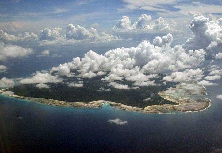Las autoridades continúan la búsqueda del avión Boeing 777 de Malaysia Arlines sobre  el estrecho de Malaca y la Península Malaya. (Agencias)