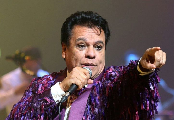 Juan Gabriel cantó en el cumpleaños de un capo del Cártel de Cali, del cual tuvo que huir. (Foto: Revista Feel)