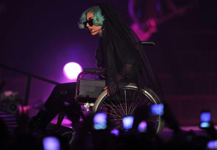 Lady Gaga tiene que guardar reposo absoluto. En la imagen, durante un concierto en Australia. (Agencias)