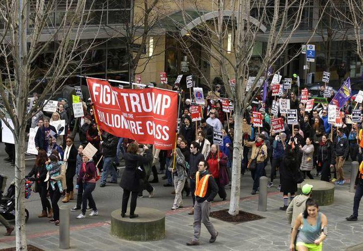 Otras ciudades como Boston, San Francisco y NY prometieron proteger a los inmigrantes indocumentados de las duras políticas del presidente Trump. (AP/Ted S. Warren)