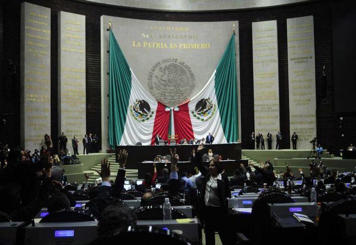 La Cámara de Diputados redujo 20 millones 409 mil 76 pesos la bolsa presupuestal para el pago de trabajadores de honorarios. (Archivo/Notimex)