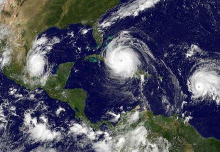 Desde hace unos 100 años las tormentas tropicales y huracanes que se originan en el Atlántico recibieron nombres, los cuales provienen de al menos seis listas que se van reciclando cada seis años.  (Foto: archivo)