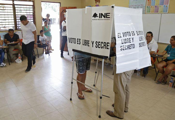 La jornada electoral del domingo registró una nutrida participación. (Redacción/SIPSE)
