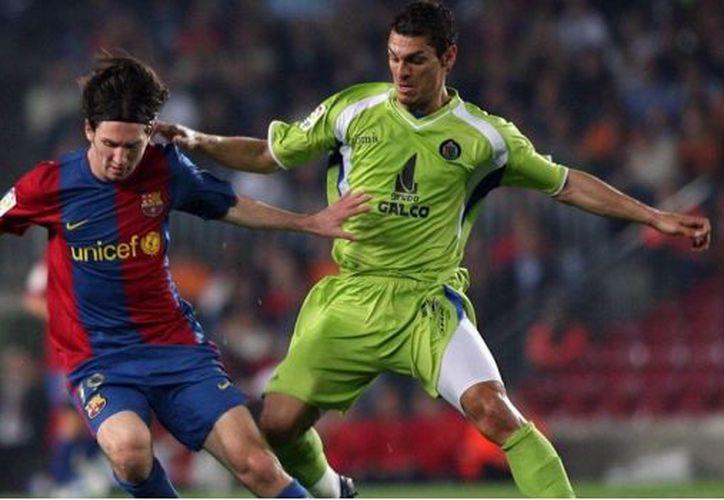 El espectacular gol en el que Lionel Messi emuló a Diego Armando Maradona, cumple 10 años. (SDPnoticias)