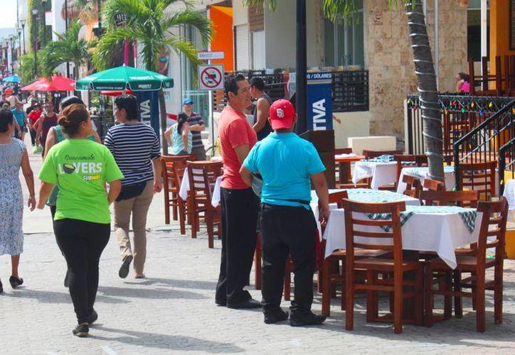 Los restaurantes, bares y discotecas de Playa del Carmen se preparan para tener un buen cierre de 2014. (Daniel Pacheco/SIPSE)