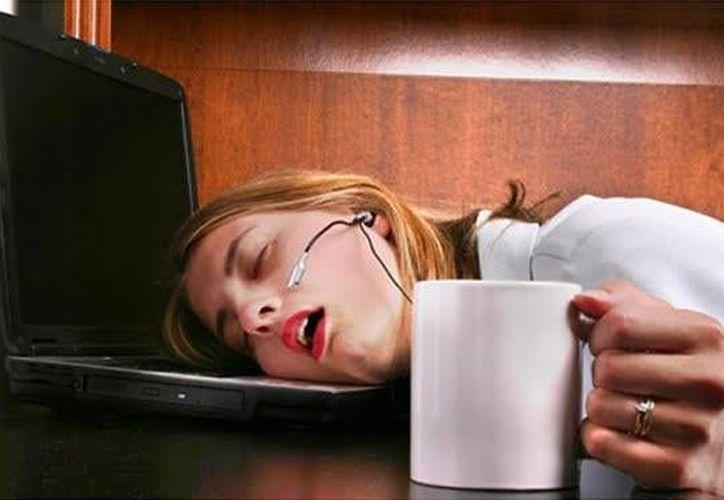 ''La capacidad del cerebro para aferrarse a los recuerdos se acaba deteriorando si estás privado de sueño''. (Agencia)