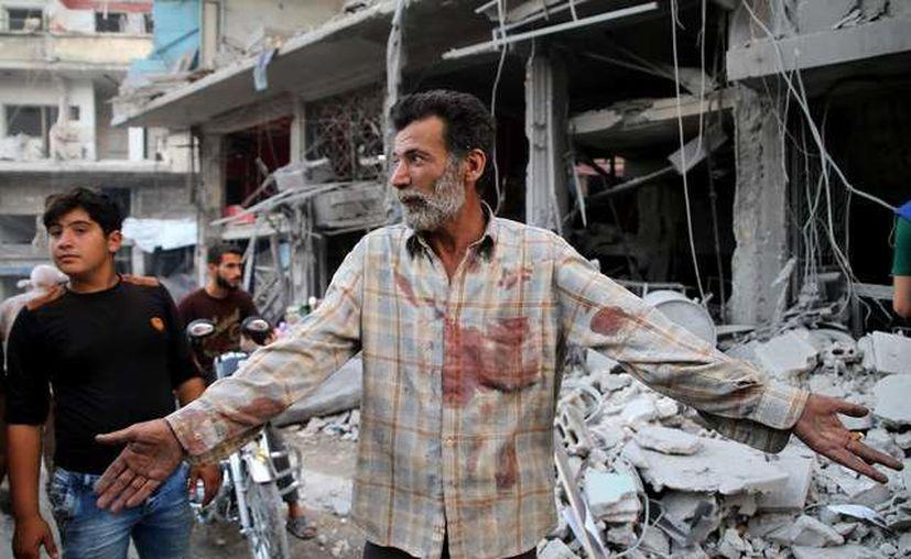Los bombardeos aéreos se produjeron contra varias localidades y pueblos del distrito de Jisr Al Shughur. (DPA)
