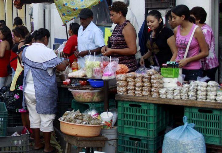 Plan para limpiar de ambulantes el corazón de Mérida. (Milenio Novedades)