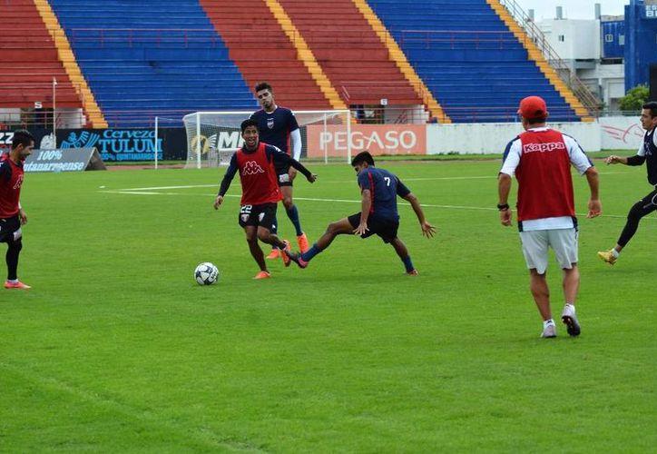 Los jugadores se declaran listos para encarar el partido de vuelta. (Raúl Caballero/SIPSE)
