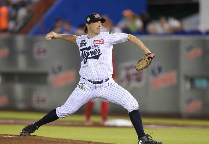Pablo Ortega, pitcher estelar de las fieras, subirá a la loma de las responsabilidades. (Ángel  Villegas/SIPSE)
