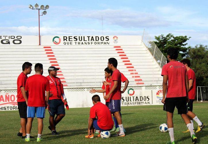 El equipo sufrió una dolorosa derrota ante la Universidad Autónoma del Estado de México y ahora buscará la victoria. (Francisco Gálvez/SIPSE)