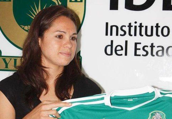 Lupita Worbis ha estado en dos mundiales, sub 19, en 2002, en Canadá, y mayor, en Alemania 2011, y tres panamericanos: 2003, 2007 y 2011. (Archivo/SIPSE)