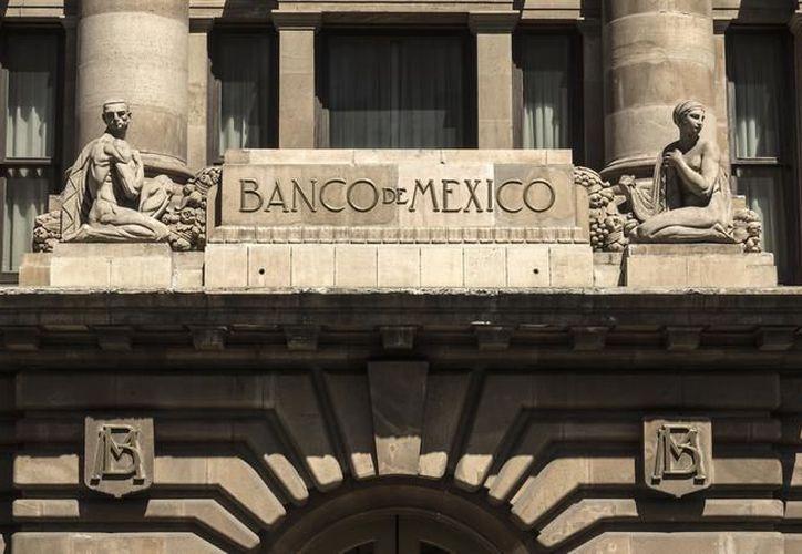 Carlos Capistrán, economista para México de Bank of America, prevé que el banco central siga a la Fed e incremente su tasa 25 puntos base hoy por la tarde. (Expansión)