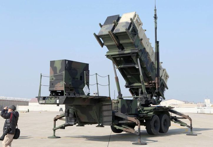 Corea del Norte ya cuenta con una unidad militar que puede desplegar misiles intercontinentales. En la foto, un misil Patriot del Ejército de Estados Unidos durante maniobras conjuntas con Corea del Sur en 2014. (EFE/Archivo)