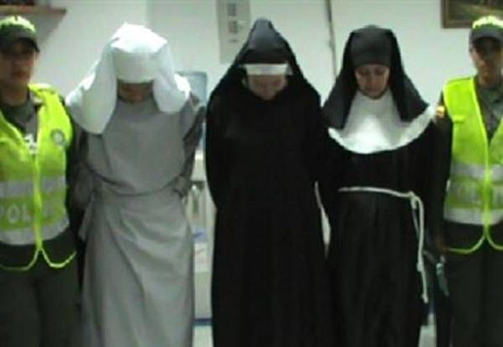 Las tres mujeres fueron puestas a disposición de la Fiscalía y serán procesadas por delitos relacionados con narcotráfico. (caracol.com.co)