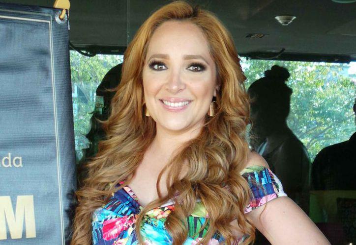 La cantante Myriam Montemayor Cruz está lista para consentir a sus fans. (Jocelyn Díaz/SIPSE)