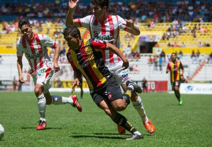 Leones Negros de la U. de G. es el primer equipo calificado a la liguilla del Torneo Clausura 2016 del Ascenso MX. (Mexsport)