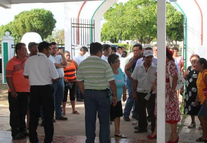 Los incidentes en dos alcaldías de Carrillo Puerto provocaron alteración del estado de ánimo entre ciudadanos electores. (Carlos Horta/SIPSE)