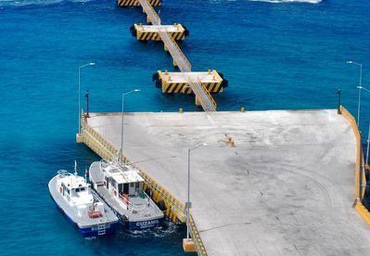 El muelle de carga de la isla será la sede del Mundial de Clavados que se realizará en Cozumel. (Gustavo Villegas/SIPSE)