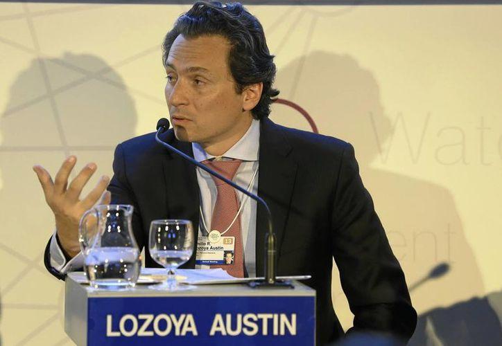 El director general de Pemex, Emilio Lozoya Austin, recibió hoy en Busan, Corea, los buques. (Archivo/Notimex)