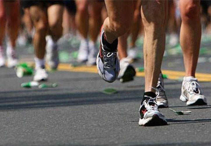 Para no lesionarse al correr lo más importante es aprender a 'escuchar' al cuerpo. (Contexto/Internet)