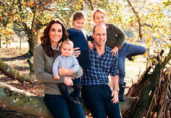 Han sido contadas las ocasiones en que se ha fotografía al pequeño príncipe. (The Royal Family)
