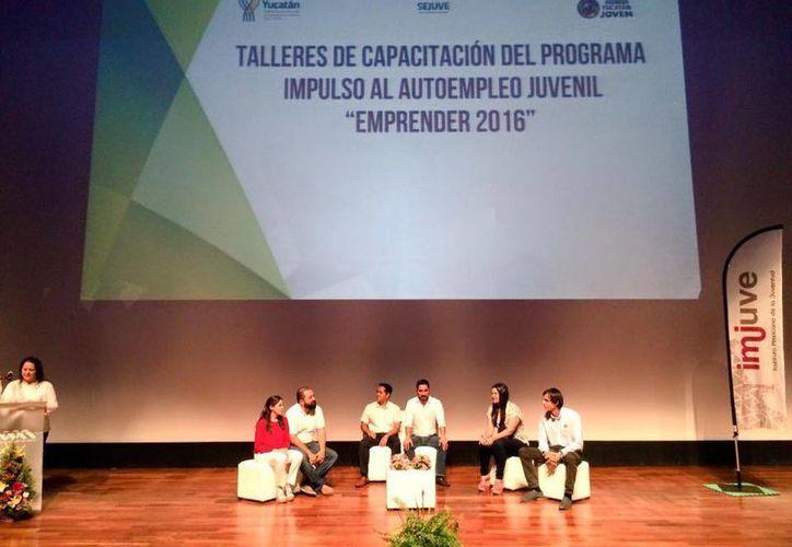 Este año participaron en la primera etapa de 'Emprender' dos mil 229 jóvenes con 840 proyectos. (Facebook/ Sejuve)