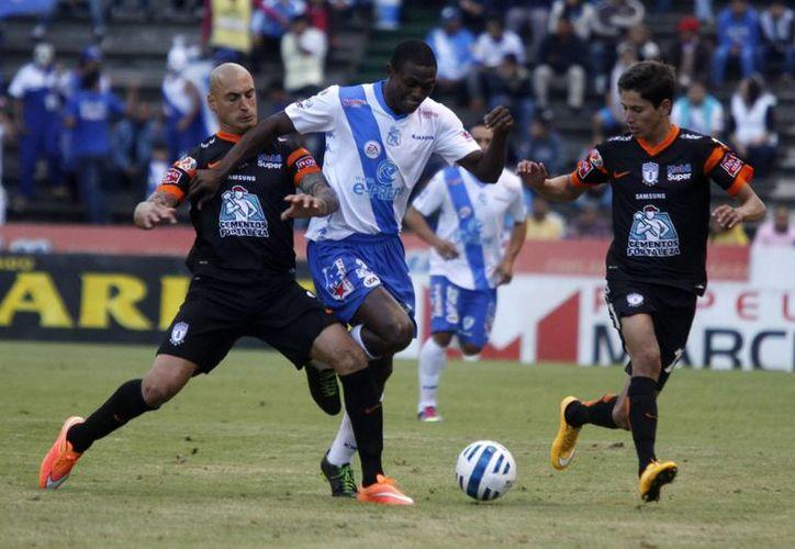 El club Pachuca fue uno de los clubes que con trabajo entraron a la liguilla del Futbol Mexicano. Este miércoles recibe a Tigres. (Foto de archivo de Notimex)