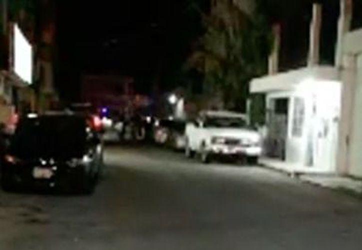 Las autoridades acudieron a atender el reporte de las detonaciones. (Cortesía/SIPSE)