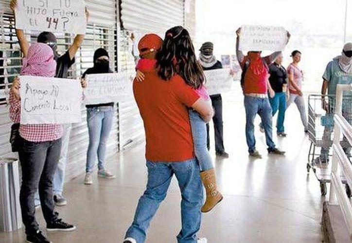 La ciudad de Chilpancingo registró el sábado otra intensa jornada de movilizaciones en apoyo a los normalistas desaparecidos. (Milenio)