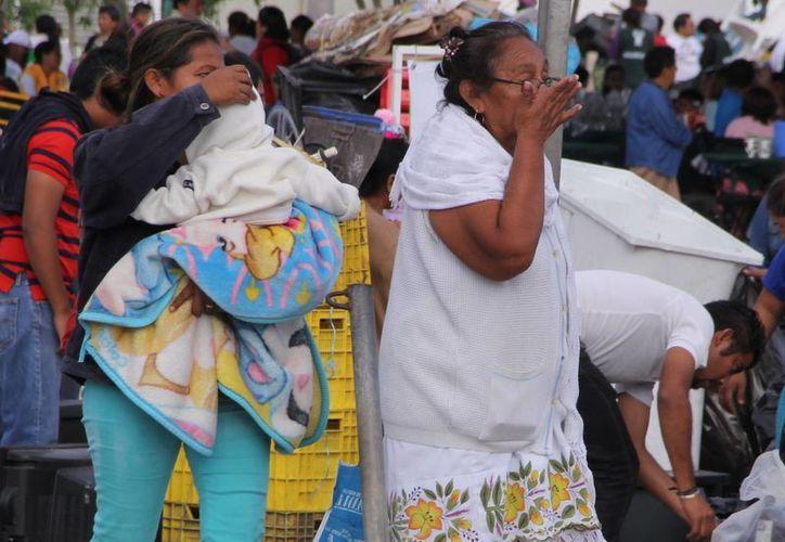 Ante las presencia del frente frío, la Conagua recomienda a la población de la región sur del Estado abrigar sobre todo a niños y ancianos para prevenir enfermedades respiratorias. (SIPSE)