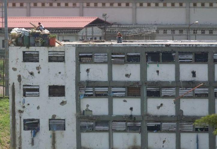 Venezuela afronta una situación crítica de su sistema penitenciario debido a los constantes motines, enfrentamientos con muertes y corrupción. (EFE)