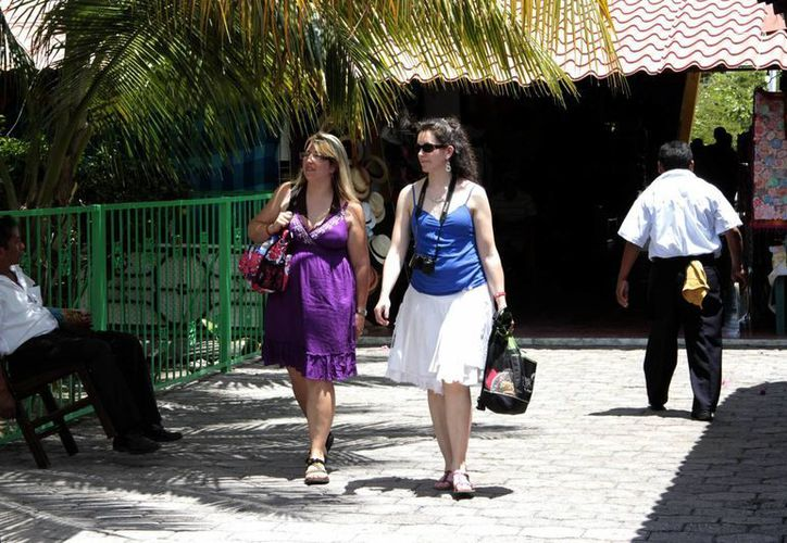 Brasil es el tercer mercado generador de turistas para este destino. (Tomás Álvarez/SIPSE)
