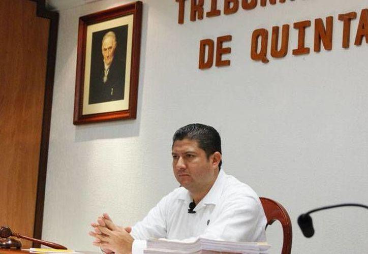 El magistrado presidente del Tribunal Electoral de Quintana Roo (Teqroo), Víctor Vivas Vivas. (Juan Palma/SIPSE)