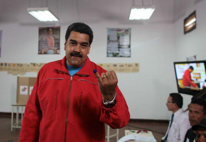 Un momento incómodo vivió el presidente de Venezuela, Nicolás Maduro, en la elección de la Asamblea Constituyente. (Foto del Ministerio de Información de Venezuela).