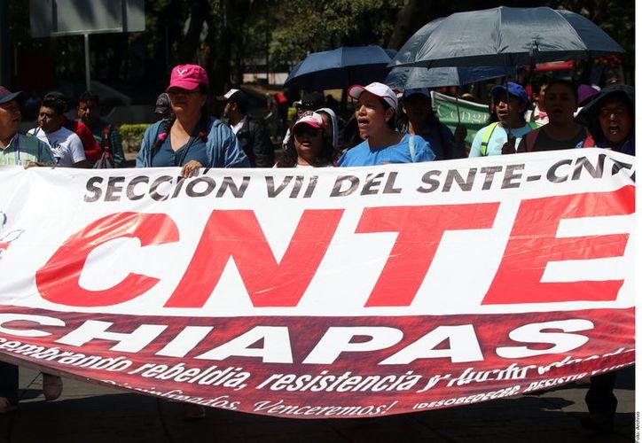 El memorándum atiende solamente una parte de sus exigencias, entre ellas, reparar las consecuencias de la reforma promulgada por EPN, indicó la CNTE (Foto: Reforma)