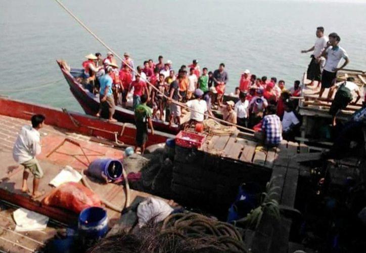 En Mianmar son habituales los accidentes de navegación debido a la sobrecarga y el mal tiempo. (AP)
