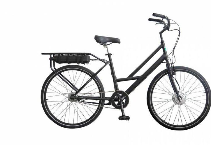 La empresa Imaatech y el IPN crearon una bicicleta eléctrica, la cual funciona a base de una batería que cargada realiza un recorrido de 180 minutos a una velocidad superior a los 20 kilómetros. (proyectofse.mx)