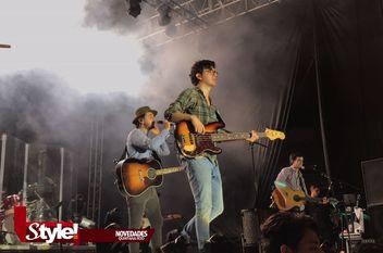 Morat emociona a sus fans con concierto